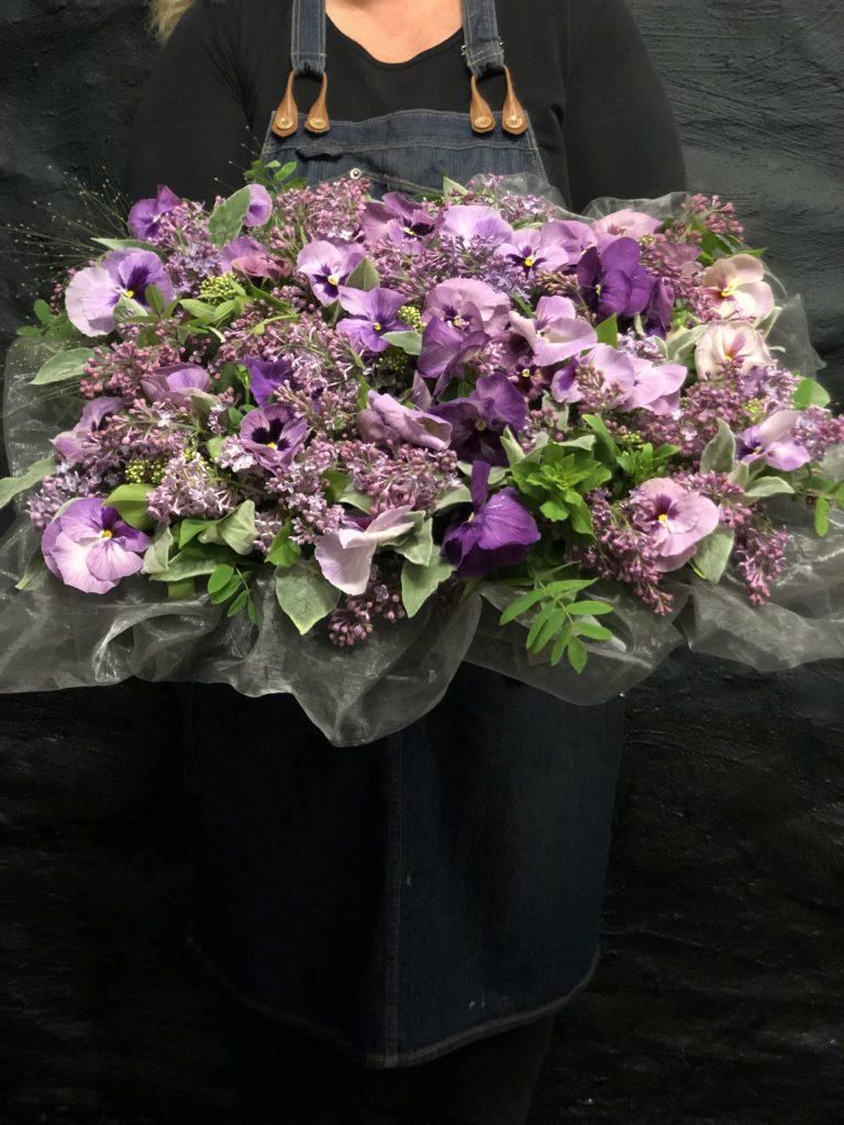 En blomsterkudde.