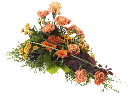 Låg blombukett med nejlikor, germini och krysantemum.