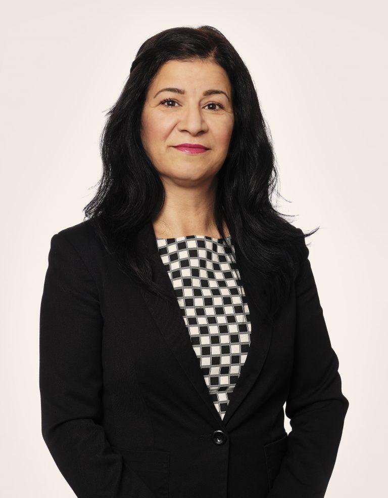 Porträtt av Hacer Anar
